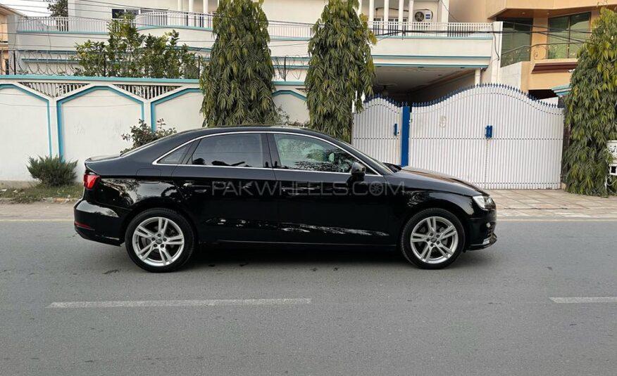 Audi A3 1.2 TFSI Exclusive Line 2017