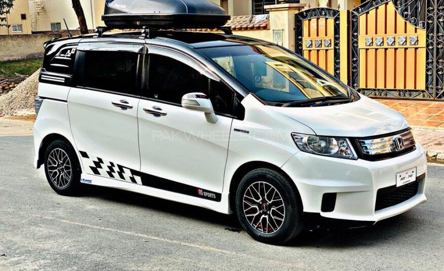 Honda Freed G AERO HIGHWAY EDITION 2013