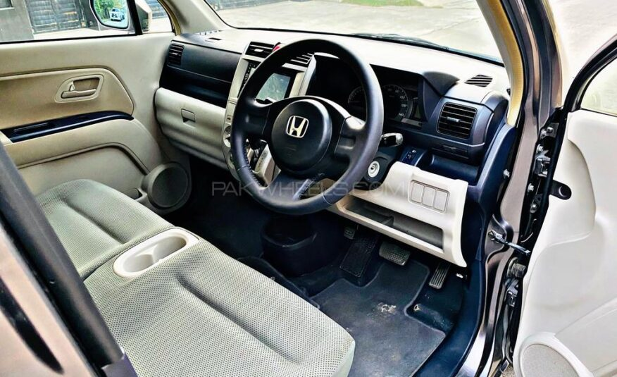 Honda Zest Dynamic Special 2007