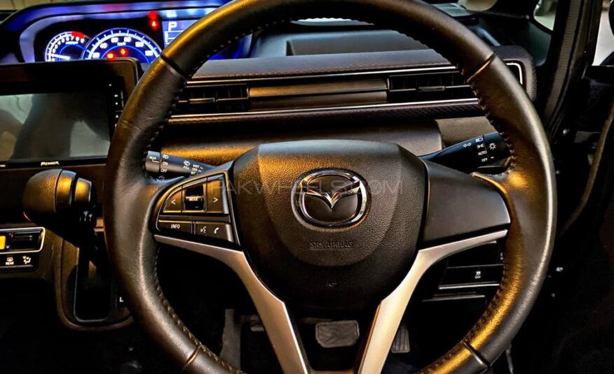Mazda Flair 2017